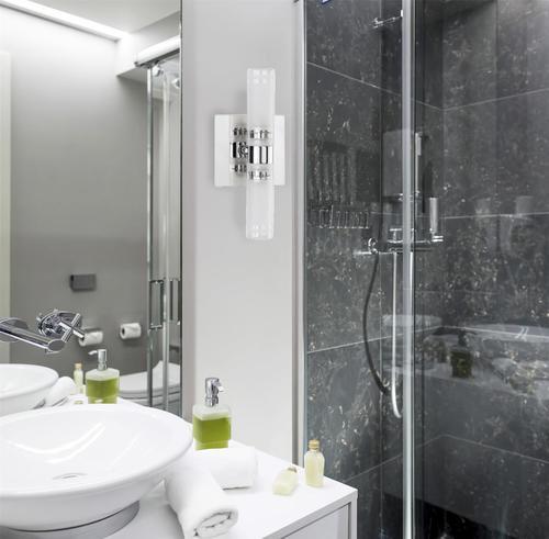 Kúpeľňové nástenné svietidlo BALTIC II 3350