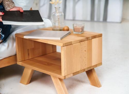 Nočný stolík Allegro, surové drevo