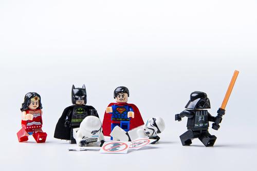 Fototapeta lego, zázračná žena, batman, superman, hviezdne vojny, deti, hračky