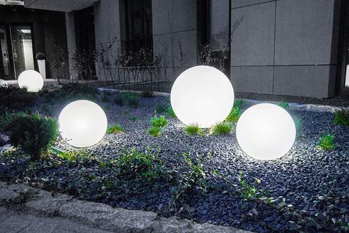 Sada dekoratívnych záhradných loptičiek - Luna Balls 20, 25, 30, 40 cm + LED žiarovky